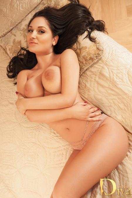 Robertina from Diva Escort Agency